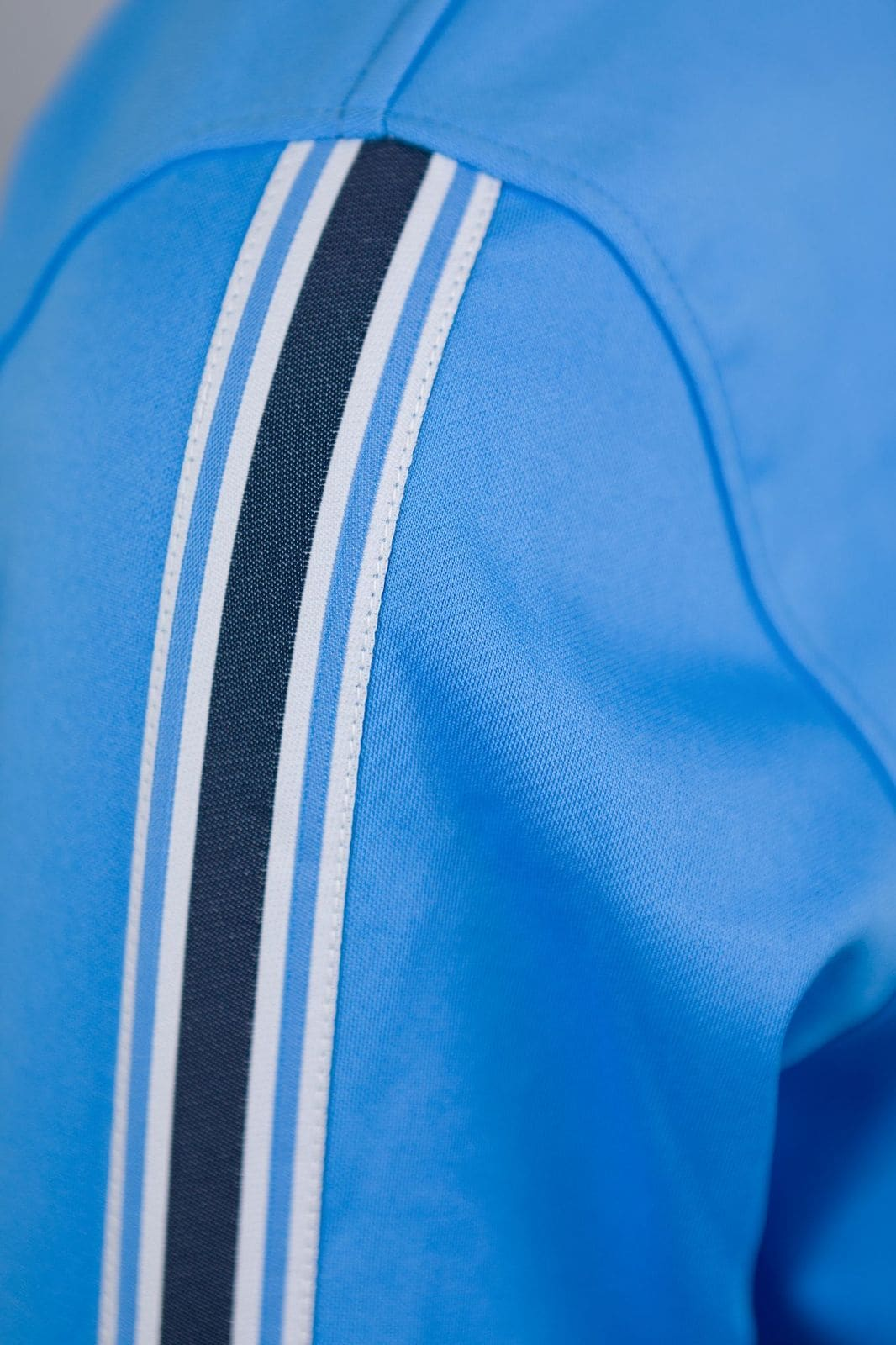 Trackjacket ljusblå stripe